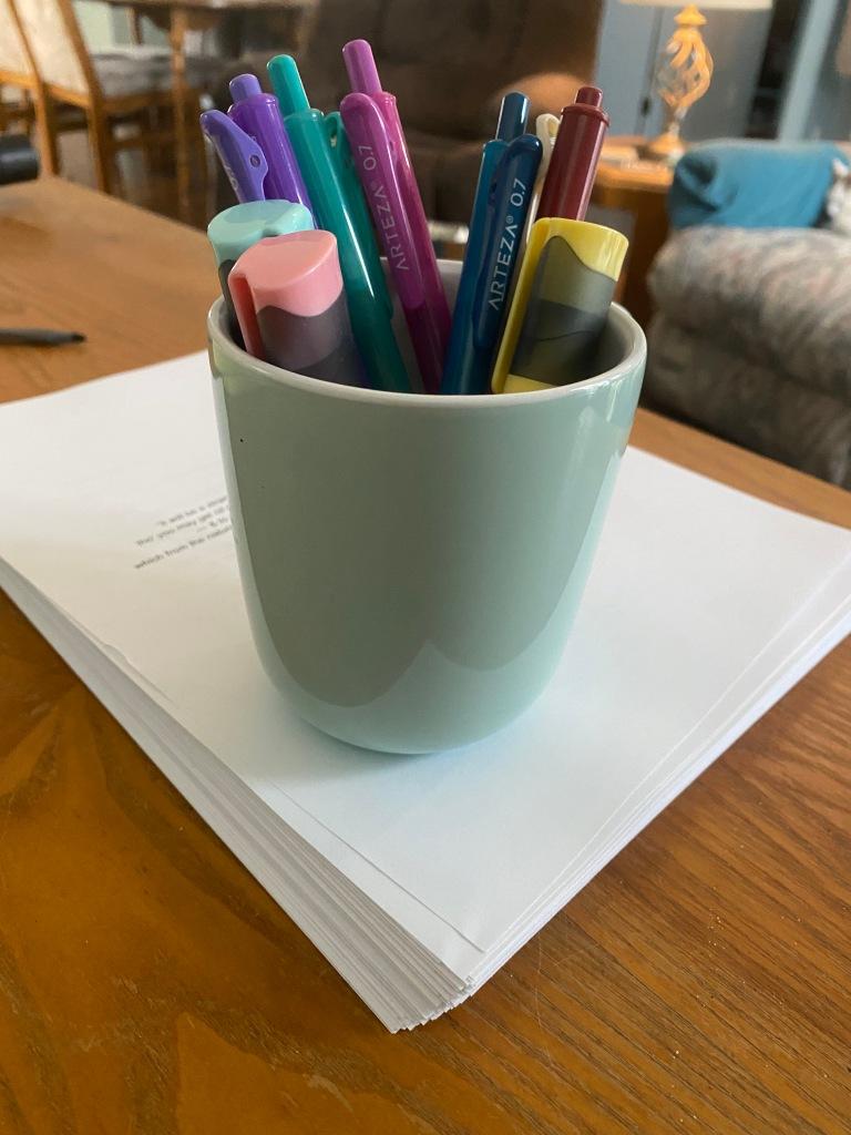 mug with pens